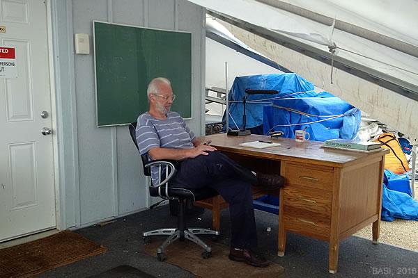 Manitoba professor refuses to abandon airship dream